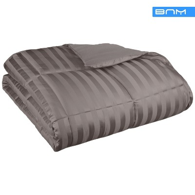 All-Season Microfiber Reversible Down Alternative Blanket - Blue Nile Mills