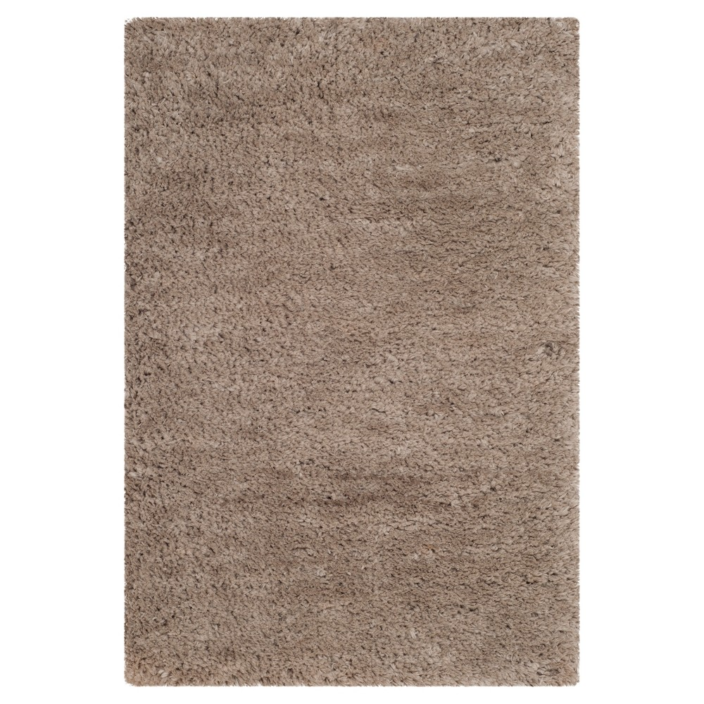 Silver Solid Tufted Accent Rug - (2'6x4') - Safavieh