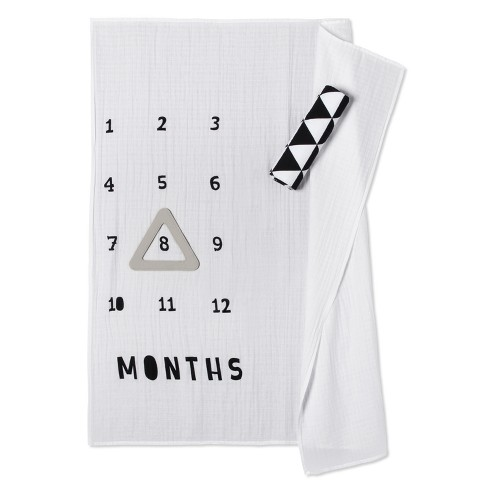 Muslin Blankets with Felt Frame Triangle - Cloud Island™ White/Black - image 1 of 2