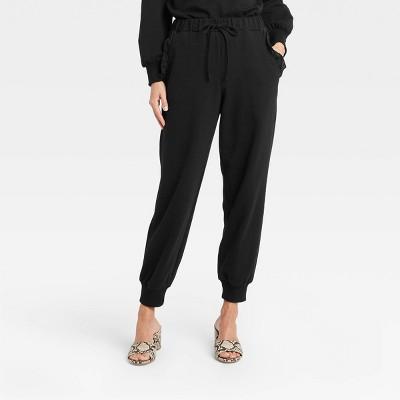 Women's Regular Fit Ruffle Detail Jogger Sweatpants - Who What Wear™