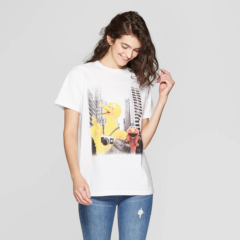 Women's Sesame Street Short Sleeve Crewneck Screen T-Shirt (Juniors') - White M