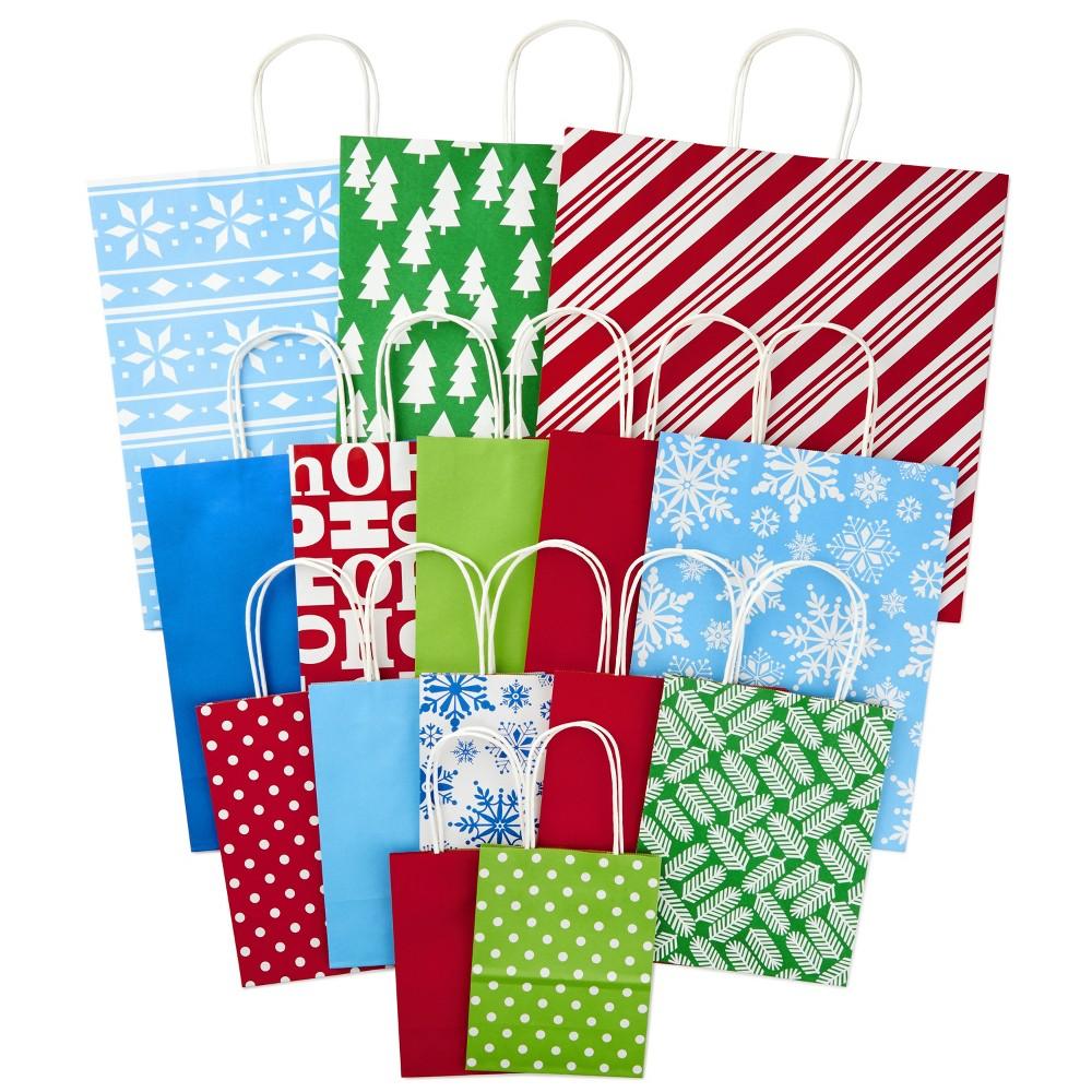 Image of 15ct Gift Bag Bundle 3 Grand/ 5 Large/ 5 Medium/ 2 Small - Hallmark