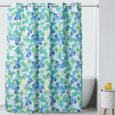 "71""x74"" Flutter Shower Curtain with PEVA Liner - Hookless"