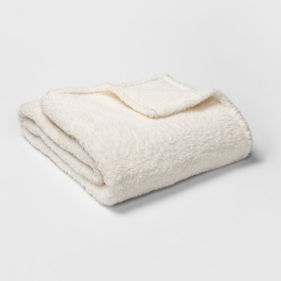 Sherpa Blanket (Full/Queen)Cream - Room Essentials™