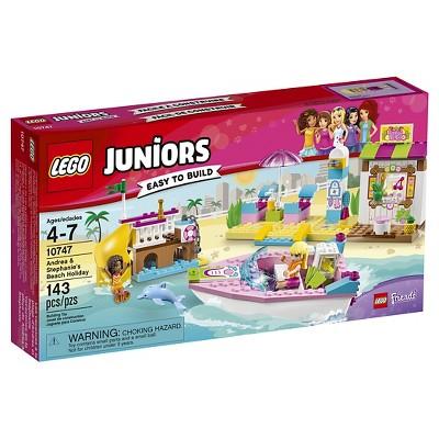 LEGO® Juniors Andrea & Stephanies Beach Holiday 10747