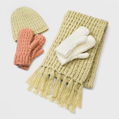 Hand Knit Collection - Universal Thread™