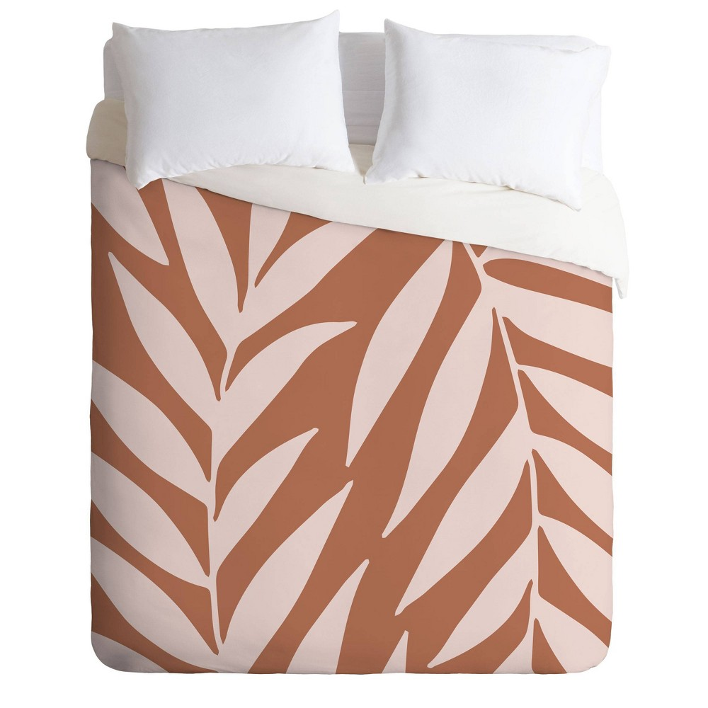 Discounts Twin/Twin XL Emanuela Carratoni Palms on Earth Comforter Set  - Deny Designs