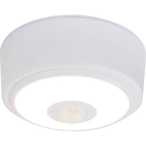 Energizer 140 Lumens Indoor LED Ceiling Fixture Motion Sensing White - image 1 of 5