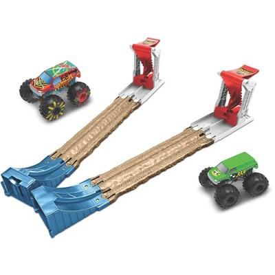 Hot Wheels Monster Trucks Double Destruction Playset