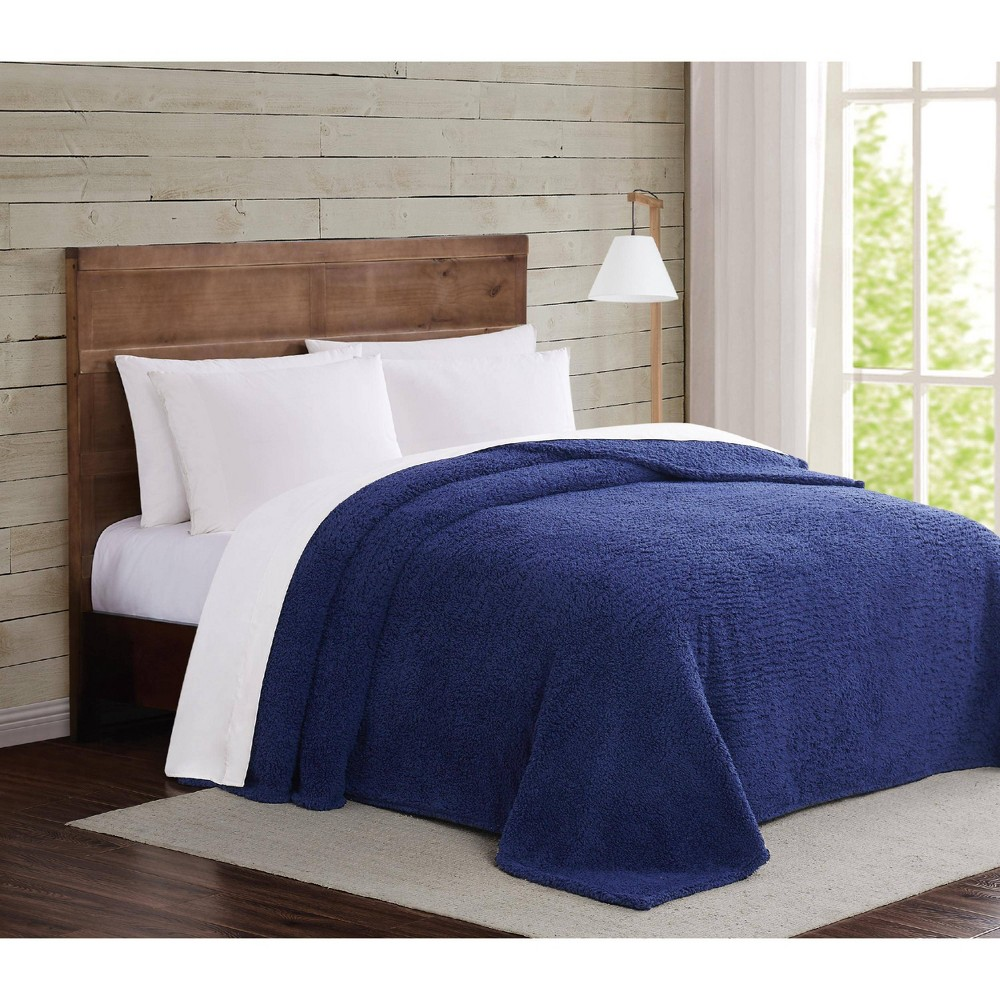 Image of Full/Queen Marshmallow Sherpa Bed Blanket Navy - Brooklyn Loom