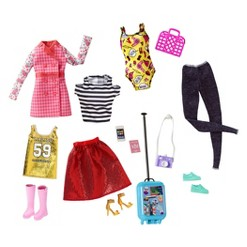 Barbie Pink Passport Travel Fashions & Accessories