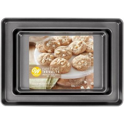 Wilton 3pc Perfect Results Premium Non-Stick Bakeware Mega Cookie Baking Set