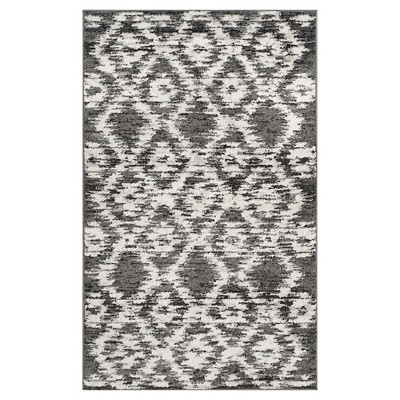 Adirondack Rug - Charcoal/Ivory - (2'6 x4')- Safavieh®