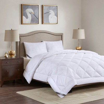 Full/Queen 550 Thread Count Down Alternative Comforter White