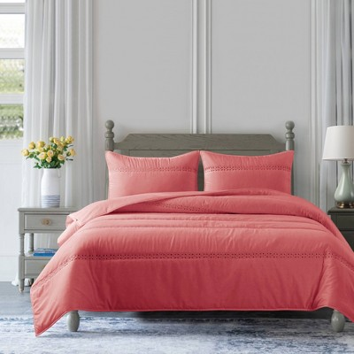 Eyelet Reversible Quilt Set - Country Living