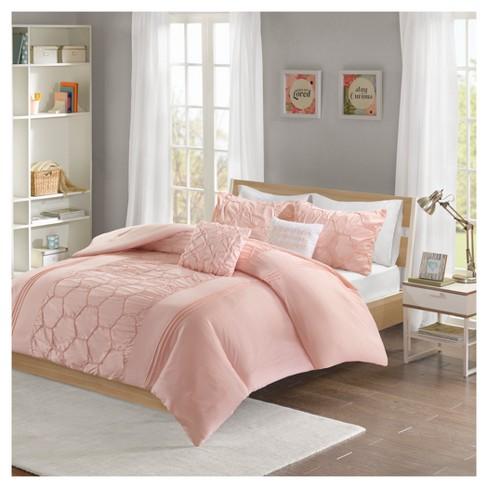 Target Bedspreads And Comforters.Etta Comforter Set