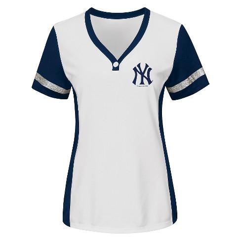 New York Yankees Women s T-Shirt - image 1 ... ae45810373f