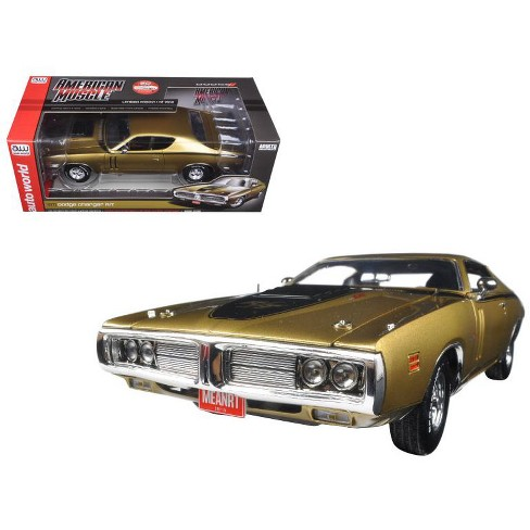 1971 Dodge Charger R/T 440 Six Pack 50th Anniversary GY8 Metallic Gold Ltd Ed to 1002pc 1/18 Diecast Model by Autoworld - image 1 of 1
