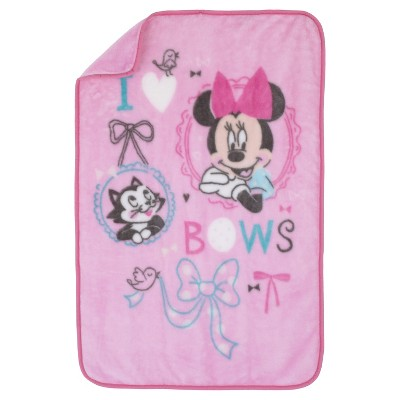 Disney© Luxury Plush Throw - Minnie Mouse - All About the Bows