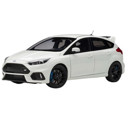 2016 Ford Focus RS Frozen White 1/18 Model Car by Autoart