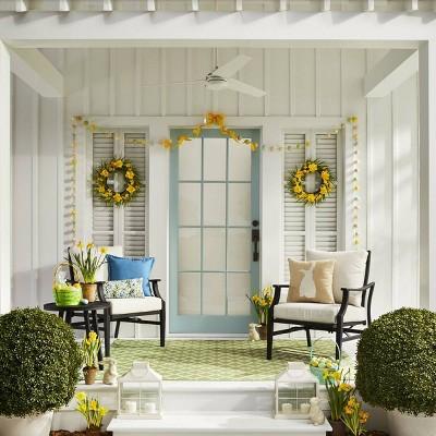 16 Decorative Artificial Daffodil Wreath Yellow Green Threshold
