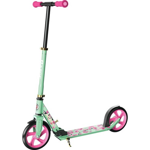 Razor x AriZona Iced Tea Limited Edition A5 Lux Collab Kick Scooter - image 1 of 4