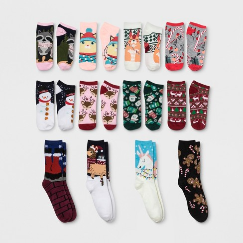 Women's Santa's Sleigh 12 Days of Socks Advent Calendar- Colors May Vary 4-10 - image 1 of 3