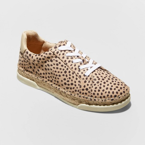 Women's Shaelyn Espadrille Sneakers - Universal Thread™ - image 1 of 3