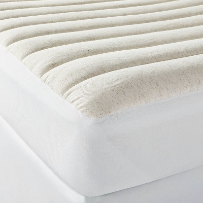 Machine Washable Linen Blend Mattress Pad - Casaluna™