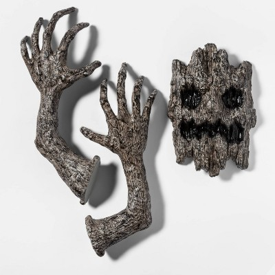 Tree Face & Arms Halloween Decoration - Hyde & EEK! Boutique™