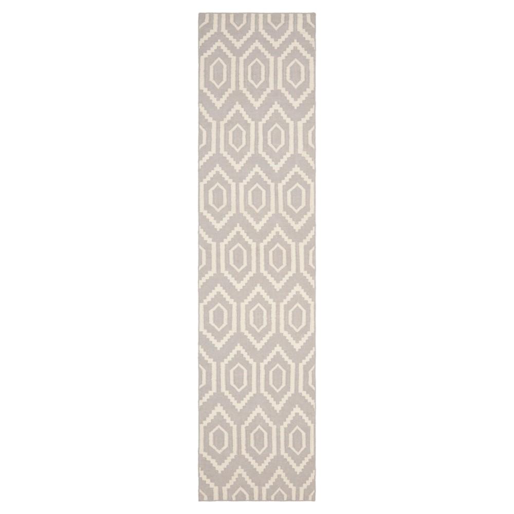 Taza Dhurry Rug - Grey/Ivory - (2'6x6') - Safavieh, Gray/Ivory