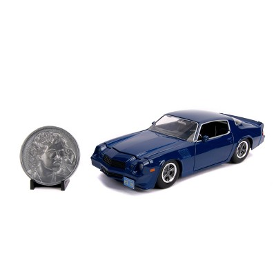 Hollywood Rides Stranger Things 1:24 Diecast - 1979 Chevy Camaro with Coin