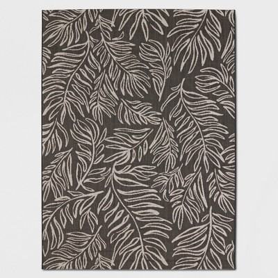 30  x 50  Leaves Outdoor Rug Black - Project 62™
