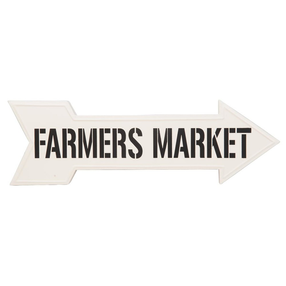 8.25H Metal Outdoor Wall Art - White - Foreside Home&Garden Direct diners to the fresh food and good smells with the Farmers Market Direction Sign by Foreside Home and Garden. Color: White.