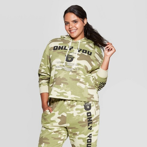 Women's Smokey Bear Only You Camo Print Plus Size Long Sleeve Cropped Hoodie (Juniors') - Olive - image 1 of 2