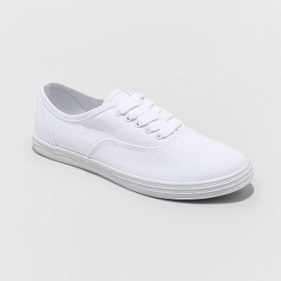 Women's Lunea Canvas Apparel Sneakers - Universal Thread™