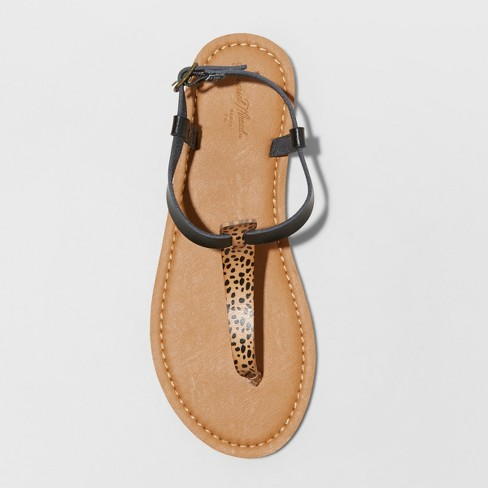b4b4ca051 Women s Hartley T Strap Thong Sandals - Universal Thread™ Brown 5.5   Target