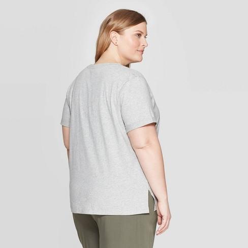 91ea70d3179 Women s Plus Size Short Sleeve Amour T-Shirt - Ava   Viv™ Heather Gray