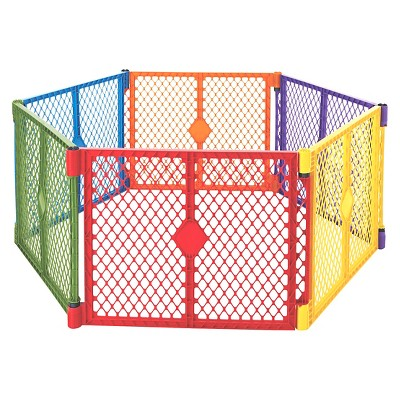 North States™ Superyard Colorplay® 6 panel Freestanding Gate