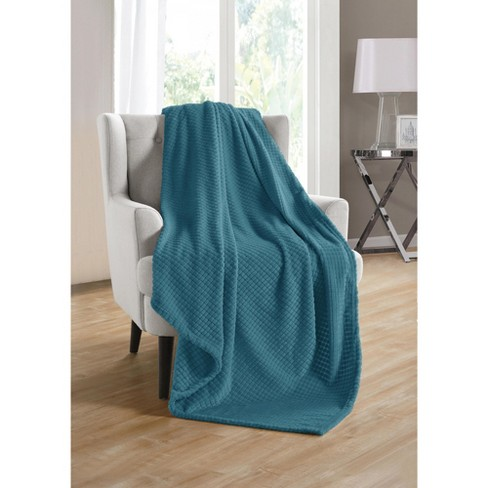 Kate Aurora Living Ultra Soft And Plush Tufted Hypoallergenic Fleece Throw Blanket Covers - image 1 of 1