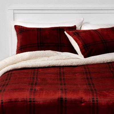 Full/Queen Multi Plaid Plush & Sherpa Comforter & Sham Set Red