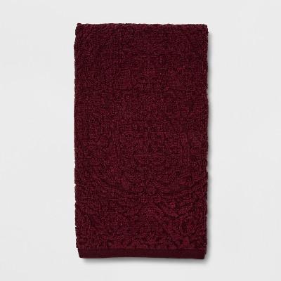 Heathered Paisley Bath Towel Berry - Threshold™