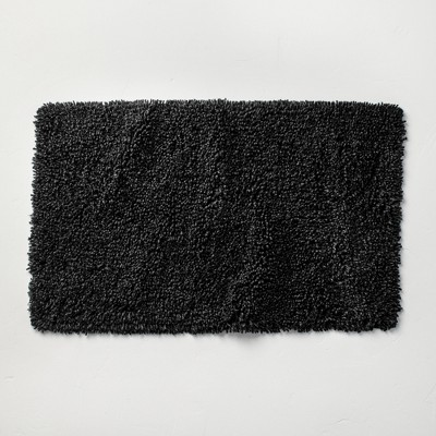 """21""""x34"""" Mélange Looped Bath Rug Black - Casaluna™"""