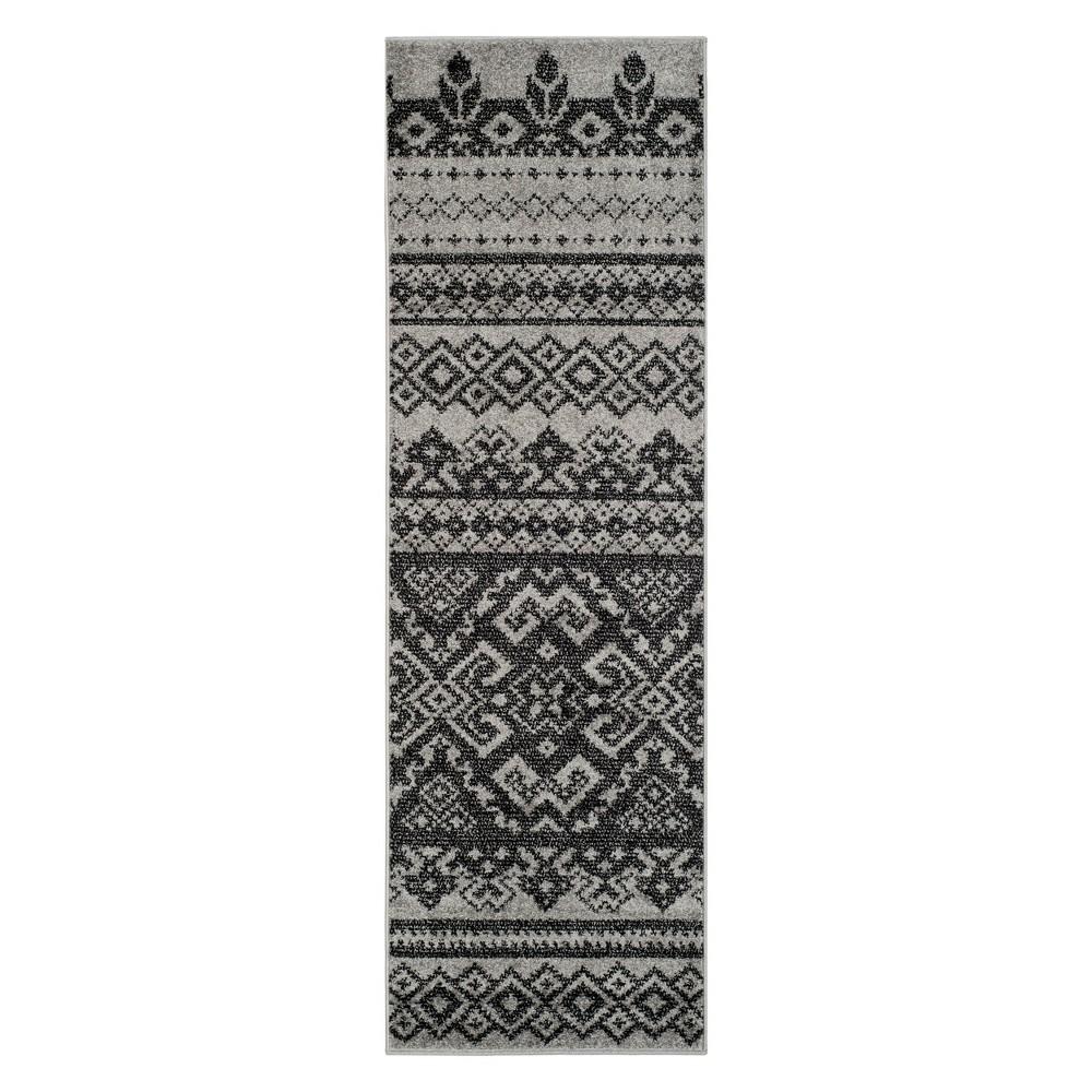 2'6X20' Fair Isle Design Runner Silver/Black - Safavieh