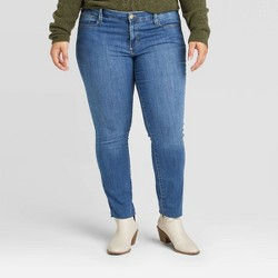 Women's Plus Size High-Rise Skinny Jeans - Universal Thread™ Medium Wash