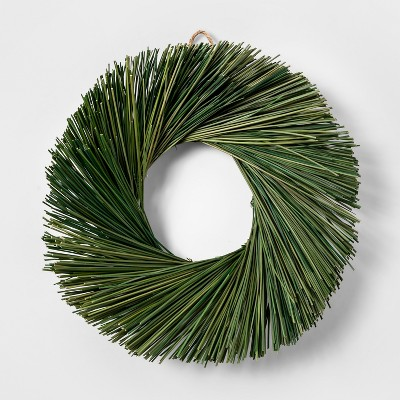 11  Dried Rush Grass Wreath Green - Smith & Hawken™
