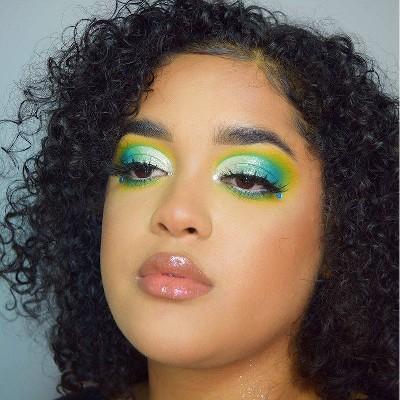 Kiana Mitchell Mermaid Halloween Makeup Look Collection