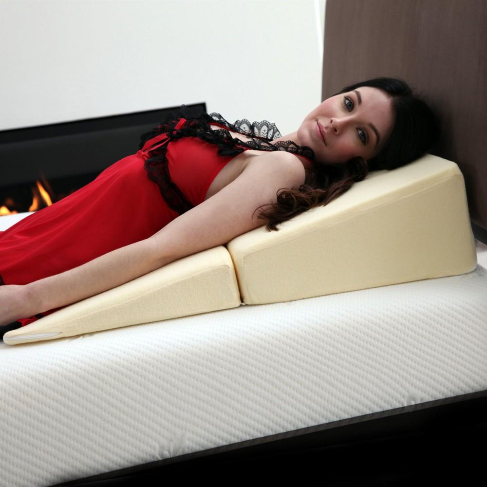 Image of Folding Wedge Memory Foam Pillow White - Bluestone