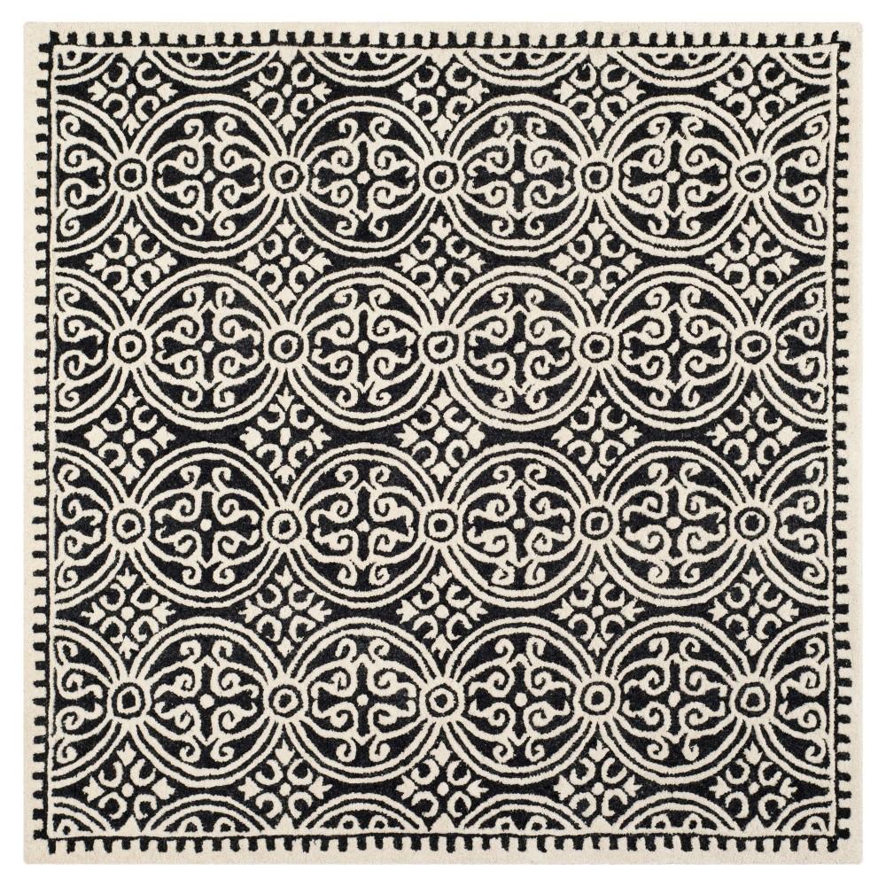 4'X4' Geometric Accent Rug Black/Ivory - Safavieh