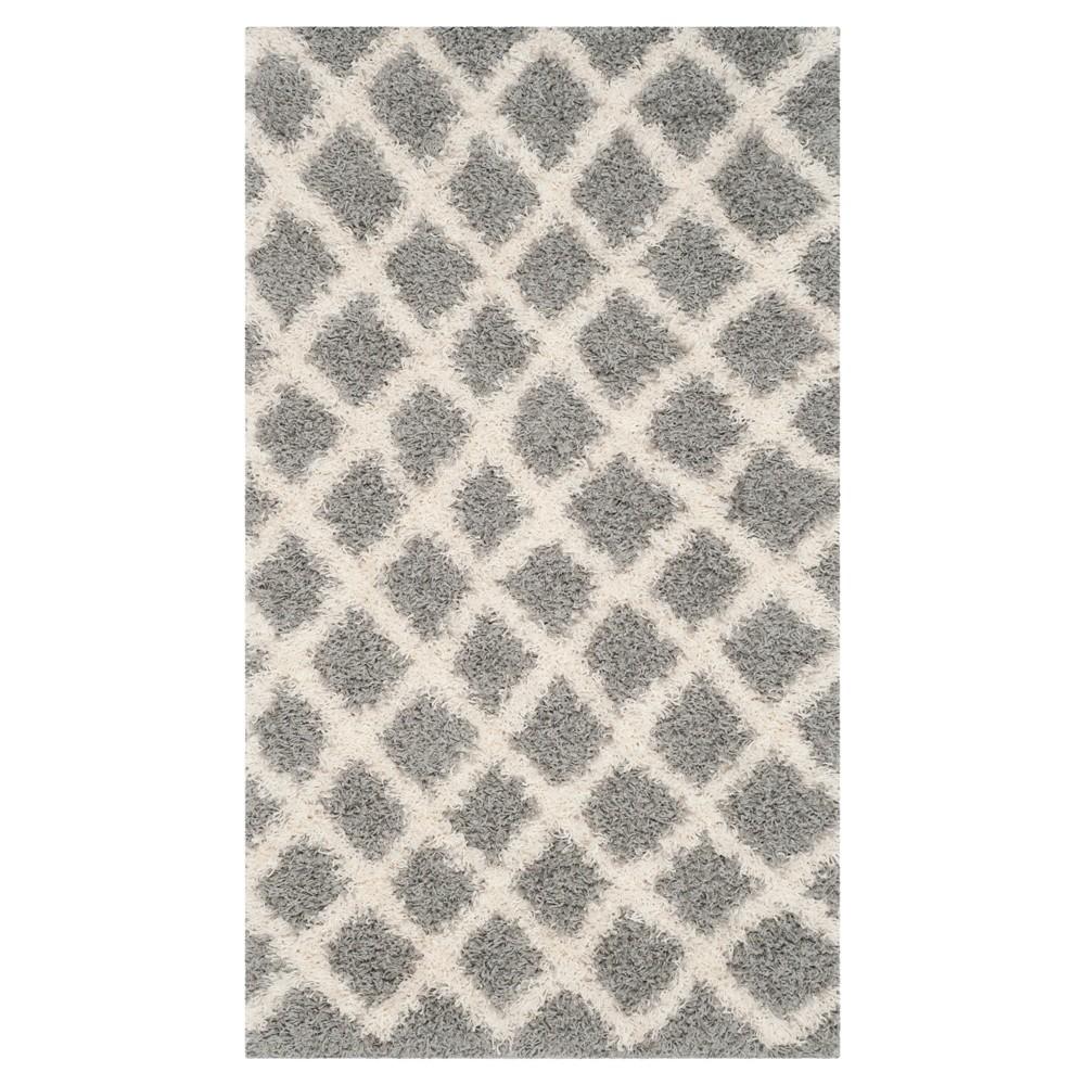 Gray/Ivory Geometric Loomed Area Rug - (4'X6') - Safavieh